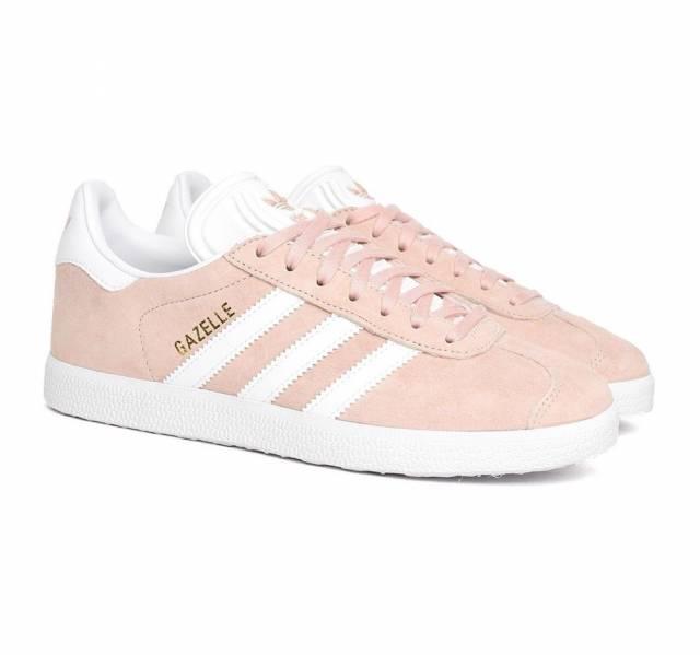Pink sneaker trend