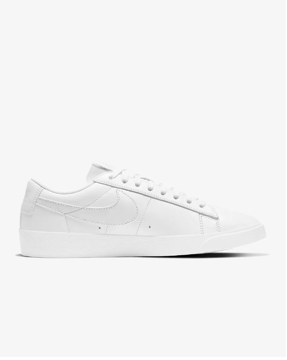 white-nike-blazer-low-le